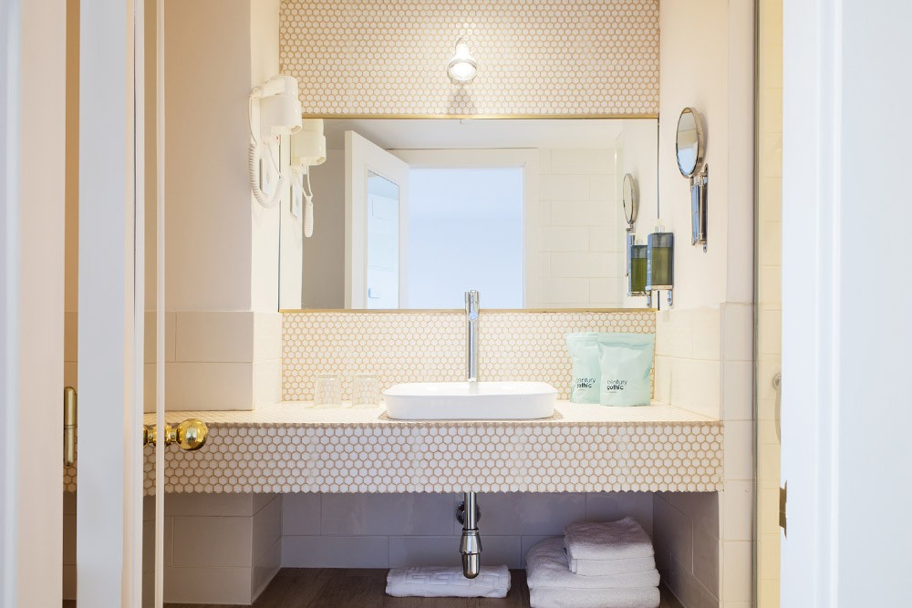 15th Boutique Hotel baño